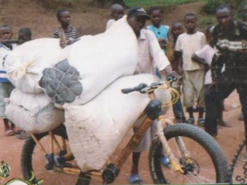 H4C_Loaded_Bicycle